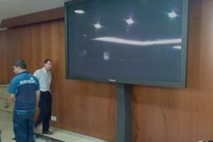 Instalaciones-Audiovisuales-en-Avenida-America